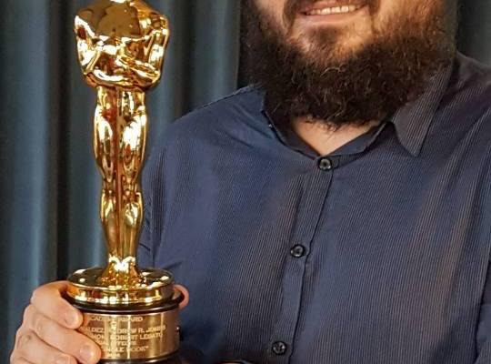 Românul cu patru premii Oscar, s-a născut la Mediaş