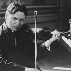5 minute cu muzica lui George Enescu, pentru sibienii prezenți în 15 locații din oraș