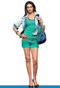 z5ahcifjlj6wqzk2.D.0.Deepika-Padukone-In-Blue-Shorts-Photo