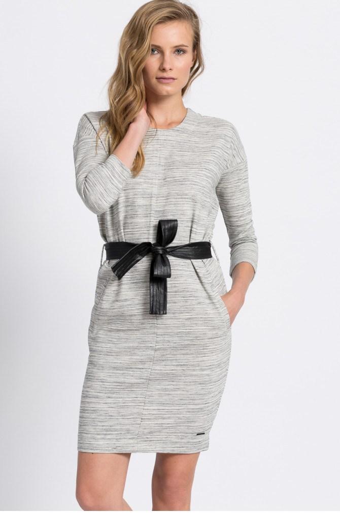Šaty a tuniky Casual (pro každý den) - Calvin Klein Jeans - Šaty Risa