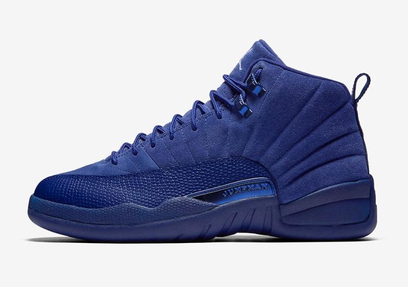 Tenisky Nike Air Jordan 12 v královsky modré barvě