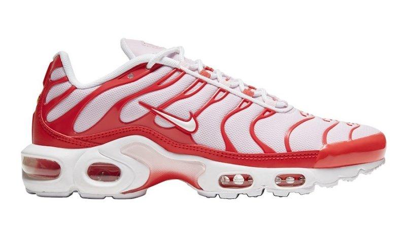 Tenisky Nike Air Max Plus Soft Pink CW7040-600