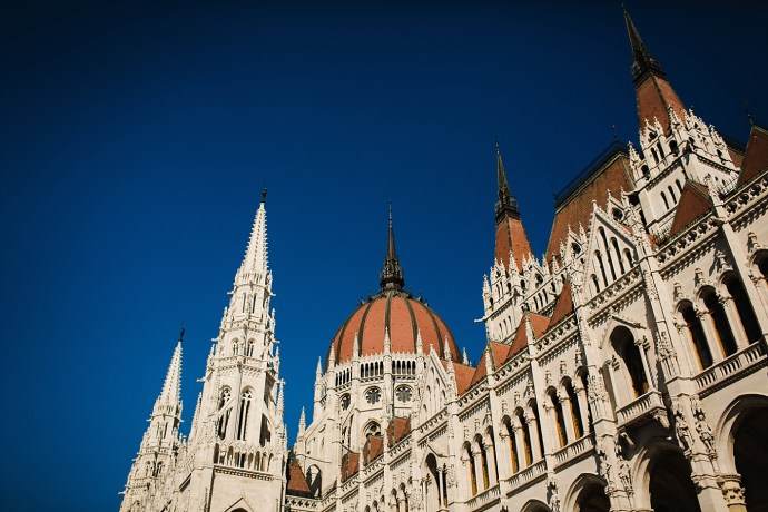 image shows budapest parliament mirela bauer photo