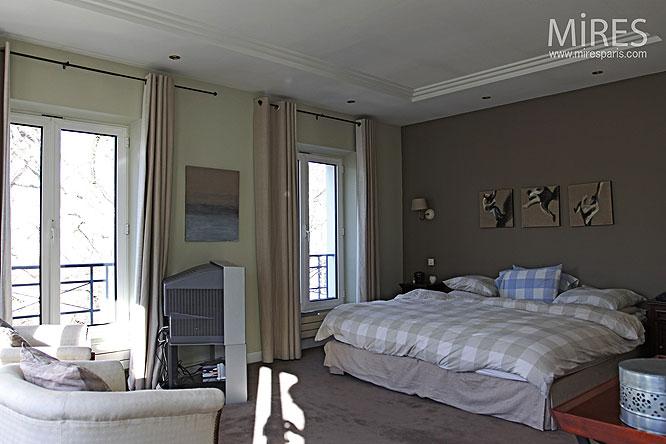 Aplat Taupe Et Chambre Moderne C0105 Mires Paris