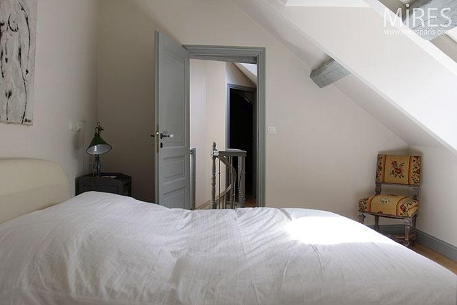Petite Chambre Sous Pente C0294 Mires Paris
