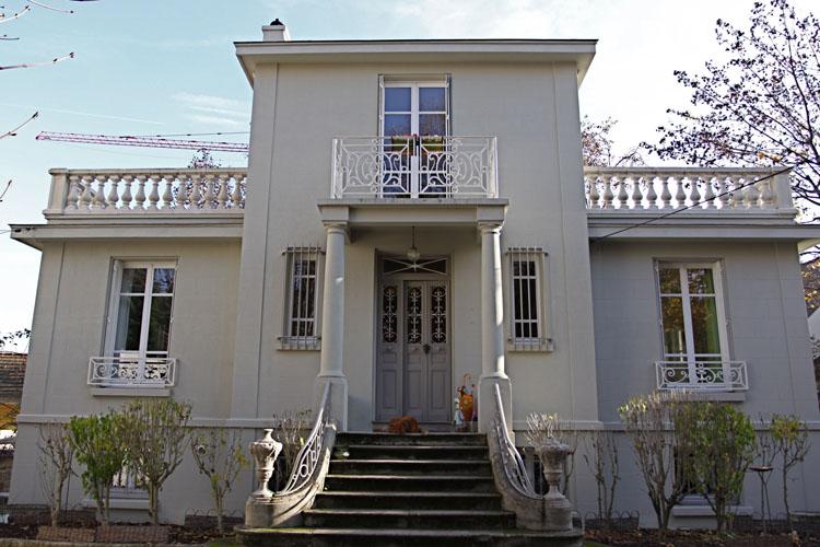 Villa Art Dco Avec Jardin Donnant Sur La Seine C0646