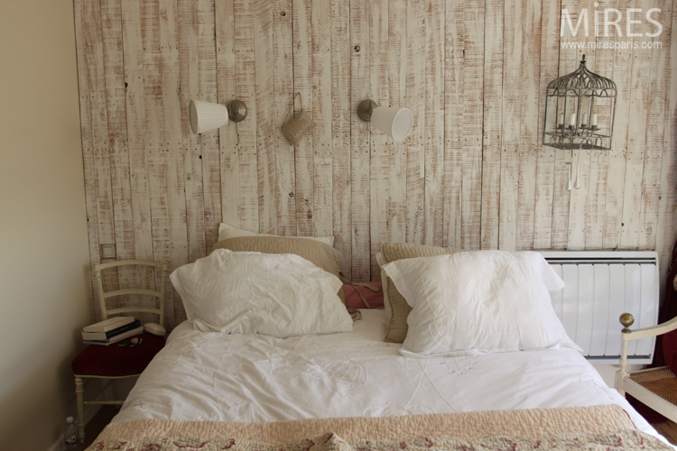 Bois Crus Blanc Au Mur Pole En Cramique Blanc C0662