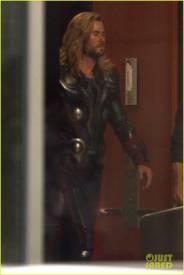 В Сеть утекли фотографии со съёмок «Мстителей 4». Почему это важно? 2