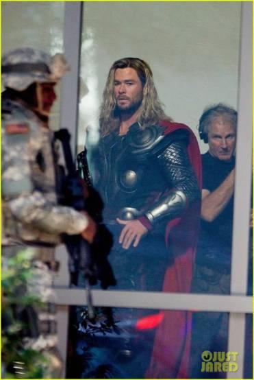В Сеть утекли фотографии со съёмок «Мстителей 4». Почему это важно? 9