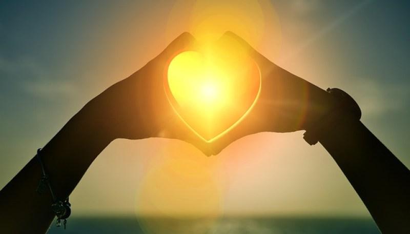 heart-1616504_640