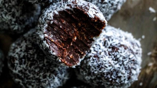 כדורי שוקולד ב-10 דק׳ (ללא גלוטן)