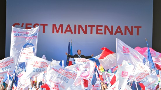 Photo Mathieu Delmestre / Solfé Communications https://www.flickr.com/photos/partisocialiste/6948165868/in/photolist-bzZaDf-bzZbHf-bzZbTh-awmDAV-bzZapN-bzZb4m-biQo6x-d9uhMQ-eLWWzw-8w3pqB-fFmMut-jrPqhz-bcadJP-jd8qPL-hDc7xk-hDaX4L-hDaX7b-biQn4c-bNTPfX-biQoer-biQnWi-biQor4-biQnst-biQniv-biQmLZ-biQnbZ-biQnzK-bq2fLV-awmzxc-awpfyC-biQoHV-biQmVr-biQnKB-biQozn-bgPRrF-bs4FrD-biQoSK-9w8UCy-exMdjB-agMnov-bwdJ6x-bs4FD6-biQpcx-bs4E2i-biQpD2-bs4Bjt-bs4CDX-bs4Cdk-biQpuD-biQpkD-bs4Csr/