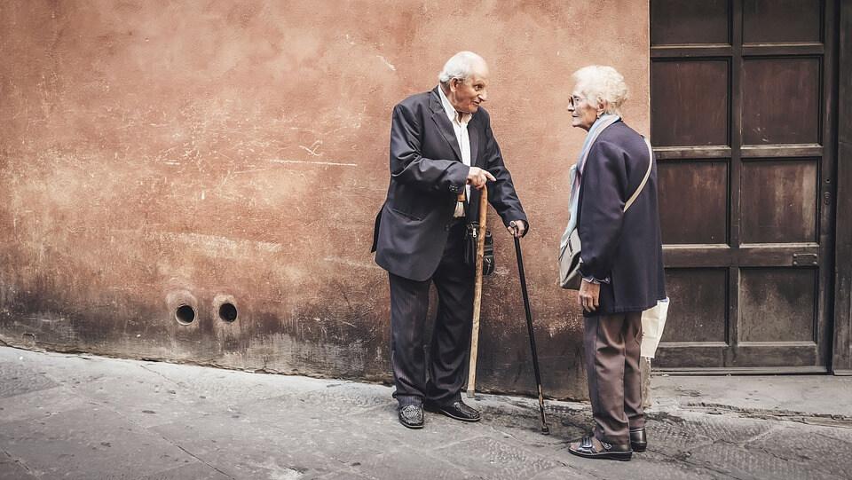 Upoznajte se s pravima za starije osobe iz sustava socijalne skrbi