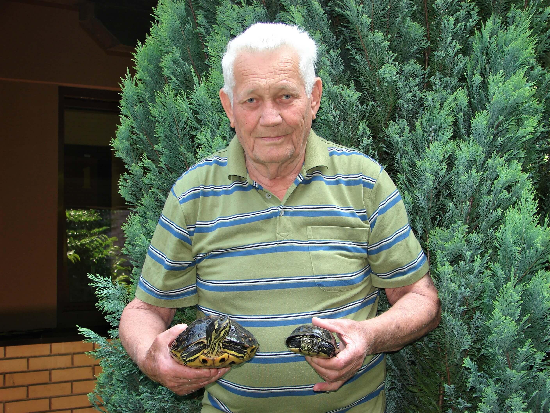 Umirovljenik Stevo radost je pronašao u brizi o dvije kornjače, ali i druženju s prijateljicom Maricom
