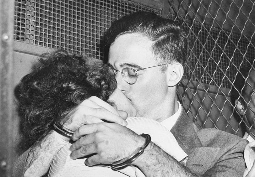 [19.6.] Lov na komuniste: Bračni par Rosenberg smaknut zbog špijunaže