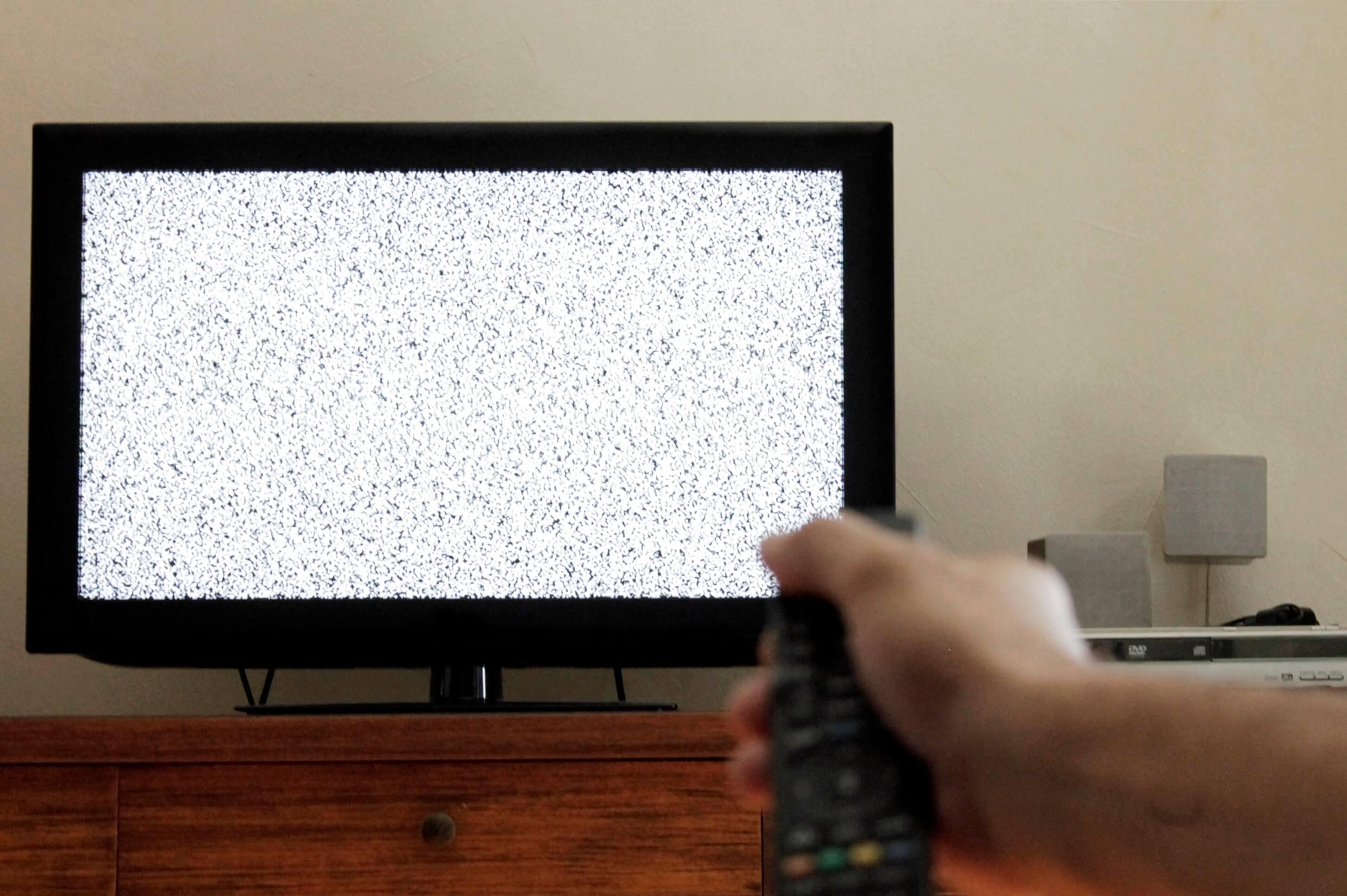 Umirovljenici prevarant zamijenio novi televizor starim i još ga naplatio!