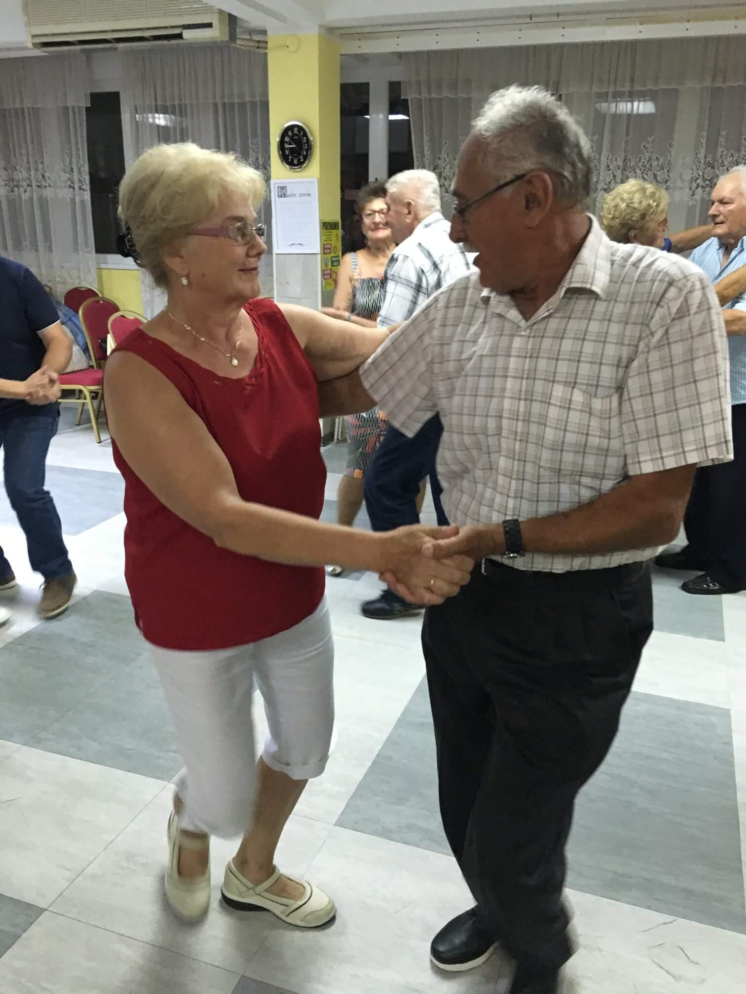 Savršena udruga umirovljenika: Uz redovne plesnjake u Penzioneru, imaju i svoju Miss i Mistera
