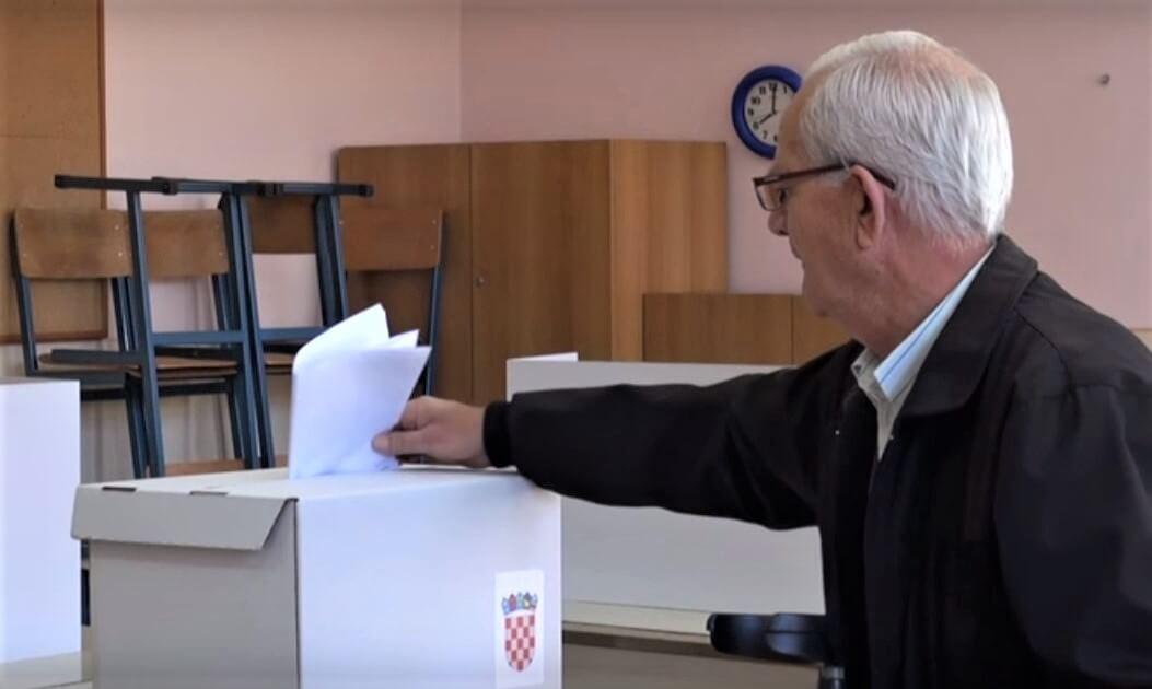 Kako su na lokalnim izborima glasali stariji?