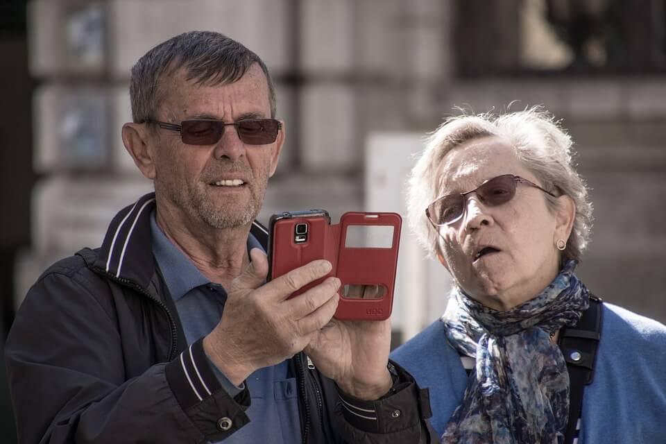 Društvene mreže mogu smanjiti razvoj depresije kod starijih osoba