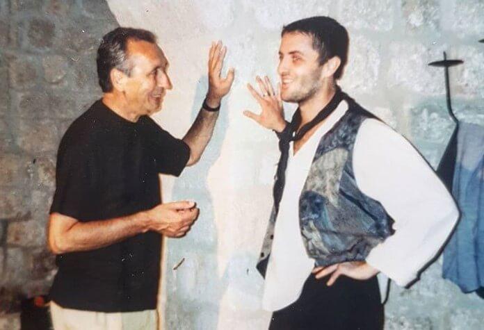 Poznati voditelj prisjetio se kako je izgledao prije 24 godine kao glumac