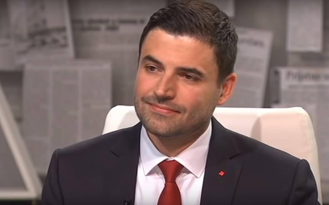 Bernardić obećao izgraditi tisuće novih umirovljeničkih domova, ali se naglo predomislio
