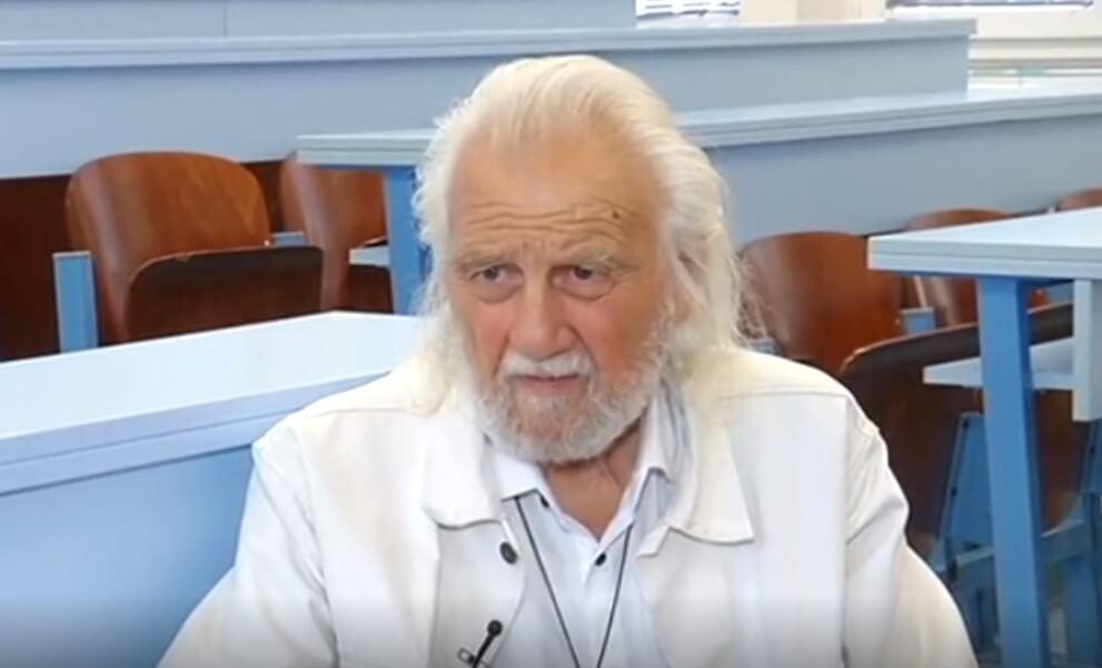 'Vječni student' diplomirao na DIF-u pa u 88. godini postao profesor tjelesnog