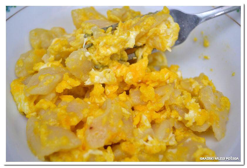 [BAKINA KUHINJA] Noklice s jajima – jednostavno i jeftino jelo koje obožavamo