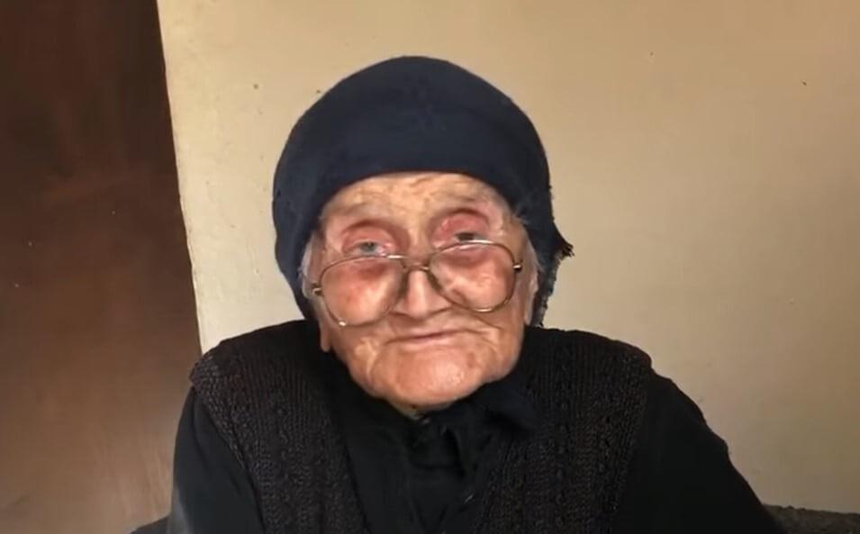 """Baka Ankica živi sama u siromaštvu, ali se ne žali: """"Zeru bašćice i dobro"""""""