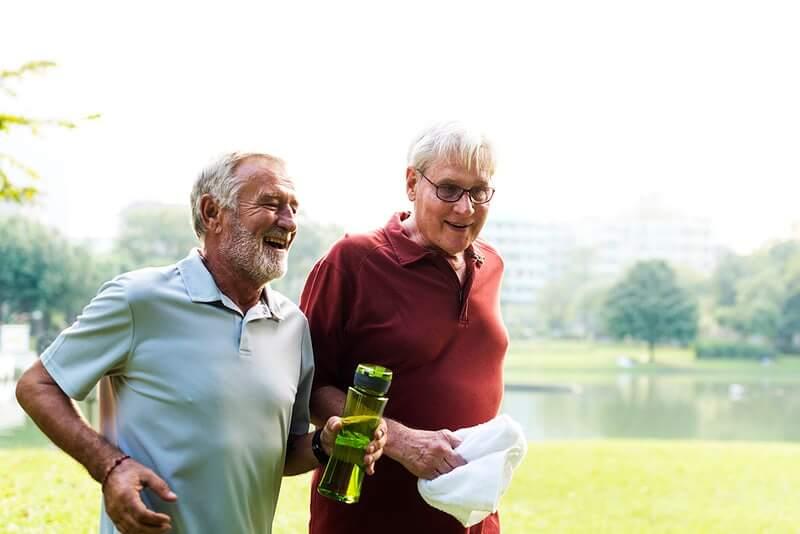 Stručnjaci proučili vezu između vitamina D i koronavirusa kod starijih