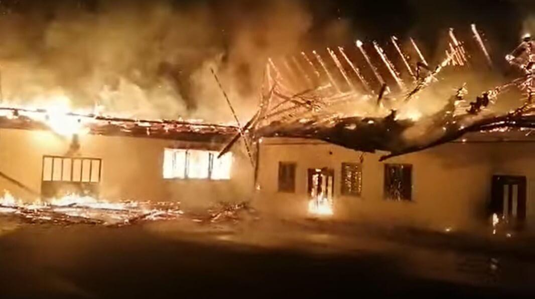 Požar u Mariji Bistrici: Vatra progutala zgrade uz baziliku i crkvu!
