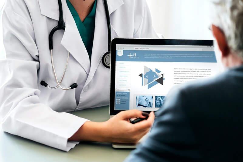 Čak trećina starijih Hrvata ne ide više doktoru jer ih je strah da ne pokupe virus