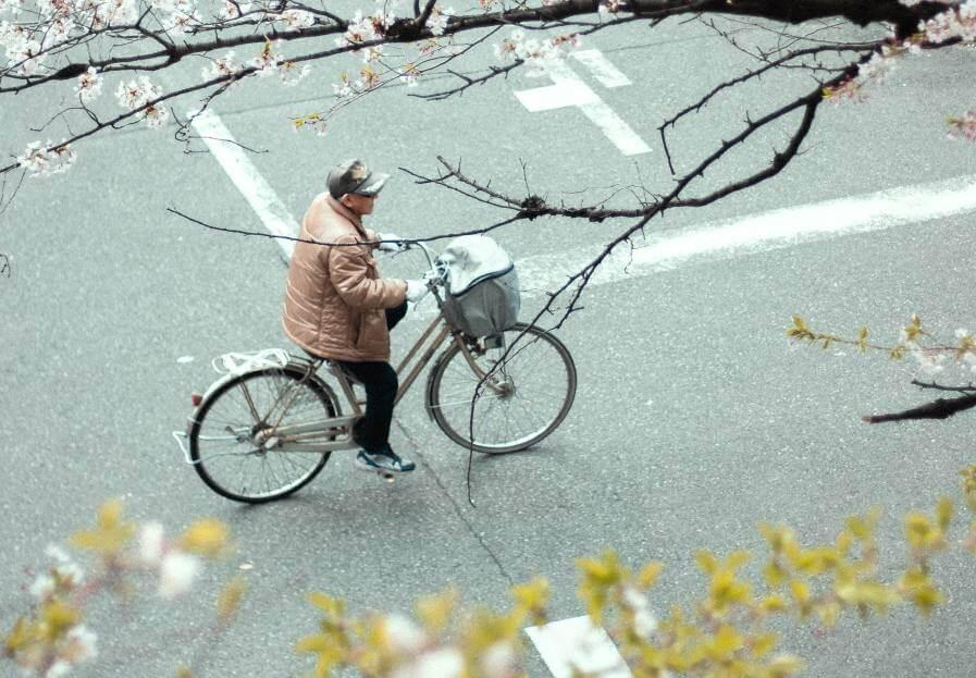 Automobilom se zabio u umirovljenika na biciklu: Kaznu plaćaju i jedan i drugi