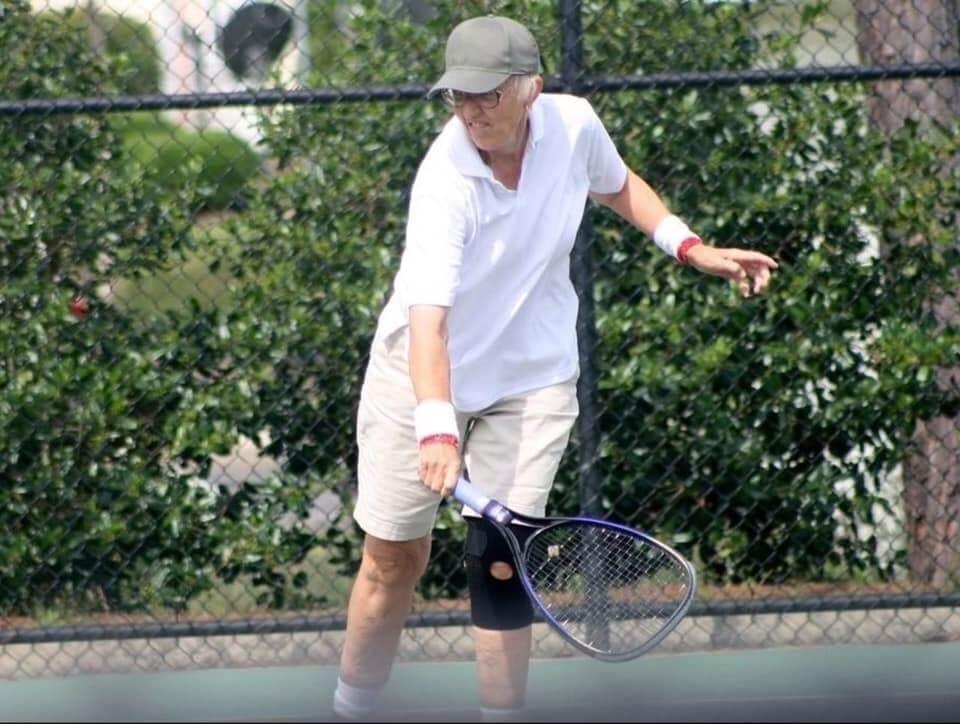 Nema mirovine za Gail: Profesionalni tenis s očekivanim rezultatima igra u 75. godini života