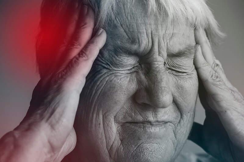 Ovih pet stvari pomoći će nam da usporimo starenje mozga