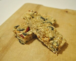 Mirror Friendly Apple Oat Bars