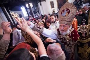 Catholicos Karekin II blesses the crowd.