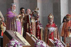 Catholicos Aram I of the Great House of Cilicia and Catholicos of All Armenians Karekin II