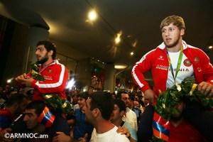 ArmenianOlympiansReturnToYerevan