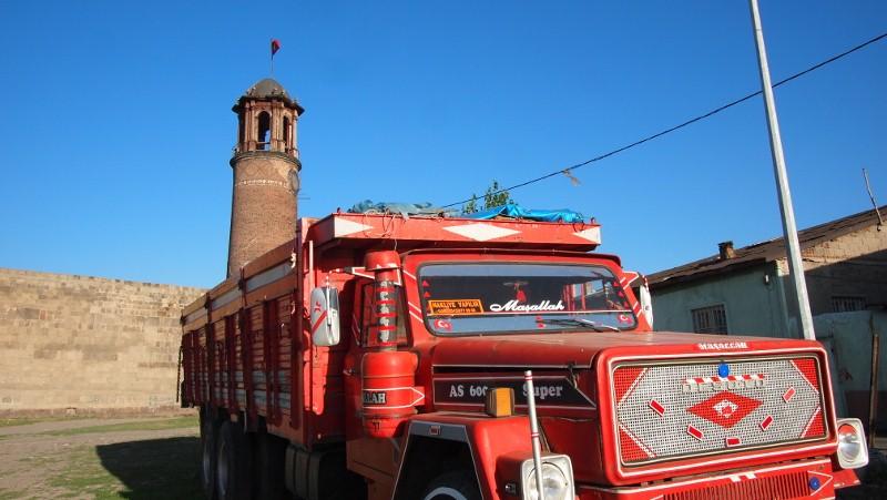 Erzurum, Turquía, Turkey, citadel, truck