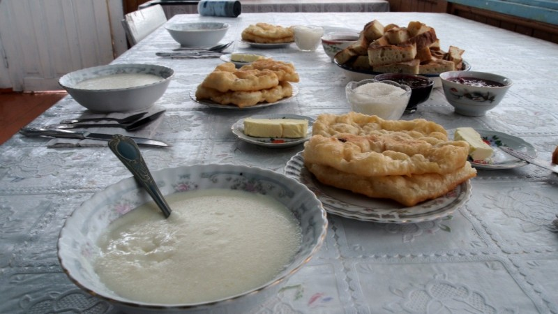 PA214219 Kyrgyzstan, Kirguistán, Central Asia, ruta seda, silk road, Issyk-Köl, Tamchy, Altyn Arashan