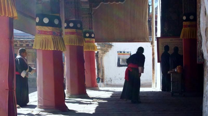 PB216110 Labrang, Xiahe, Buddish, monasterio, monastery, Tibet, China