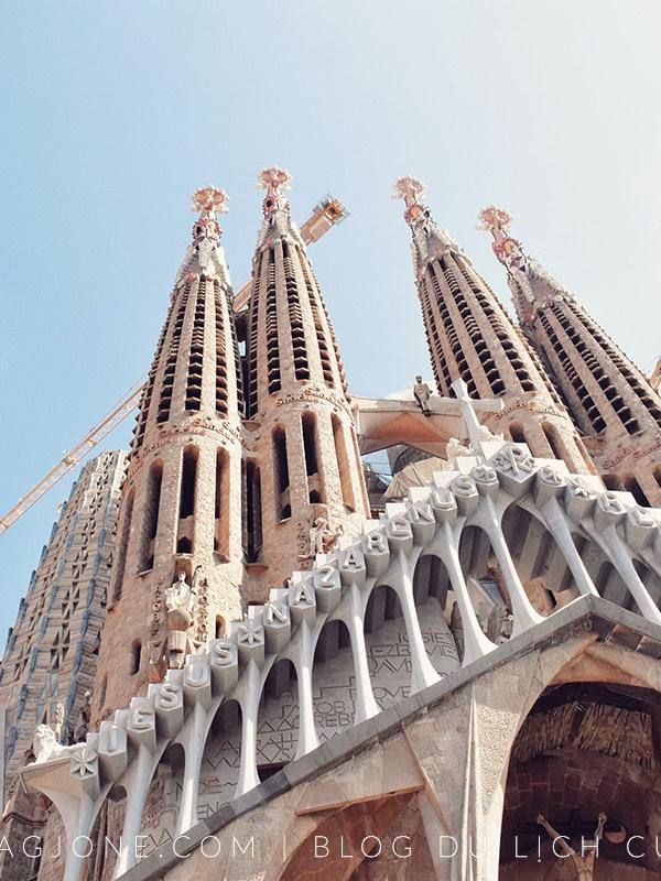 Trộm cắp móc túi ở Barcelona & Cách xử lý tình huống