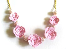 Beautiful Pink Rose Flower Necklace