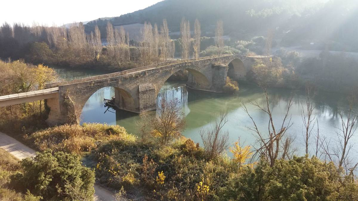 Puente viejo de Gallipienzo Viejo