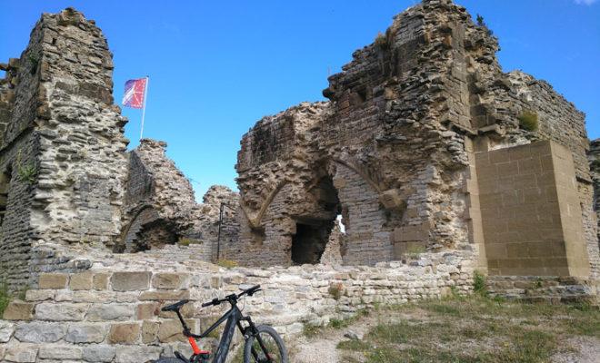Ruinas del castillo de Tiebas