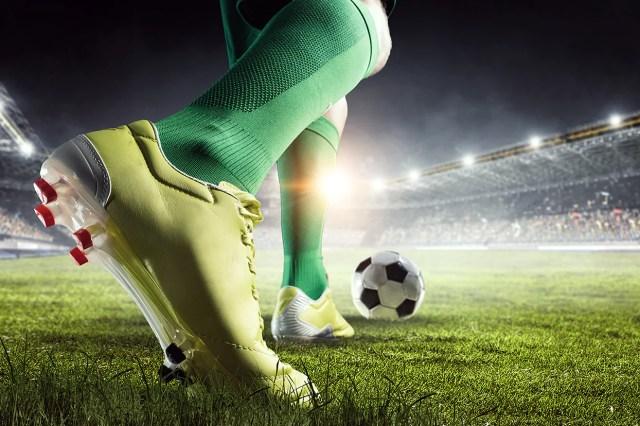el papel del fútbol en la economía mundial actual