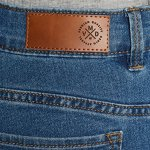 Vero Moda NOS Vmhot Seven Nw DNM Slit Knicker Mix Noos, Pantalon Femme, Bleu Medium Blue Denim, 38 (Taille Fabricant: Small)