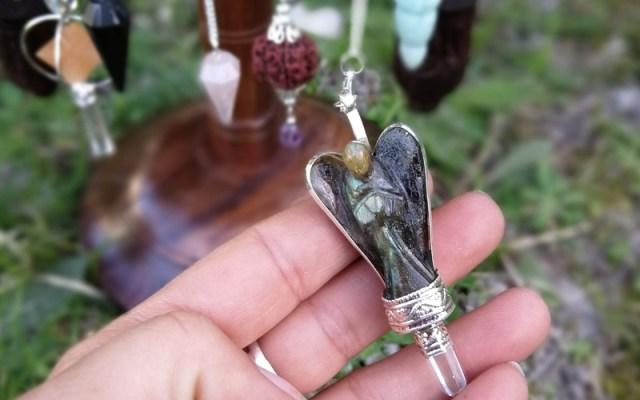 Pendule ange en labradorite