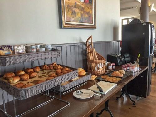 Petit déjeuner Hotel Les Flots Chatelaillon Plage