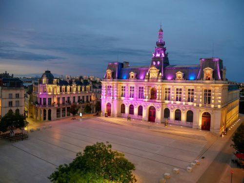 Vue terrasse hôtel central Poitiers hotel de ville